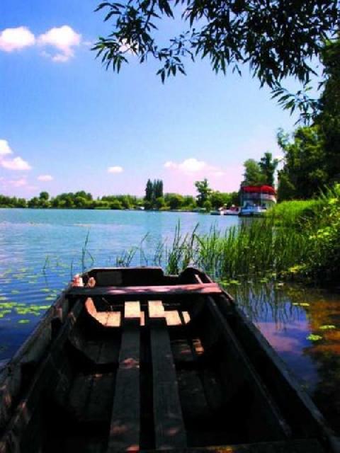 tisza-tói-nyaralás_tiszato2